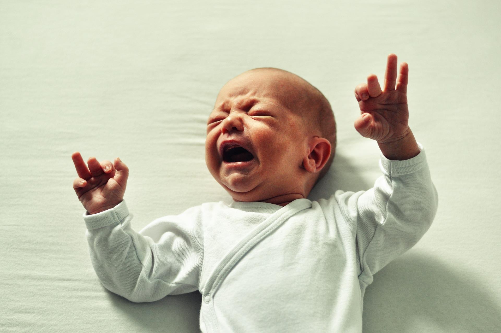 Sunetul apei şi calmarea plânsului bebeluşului