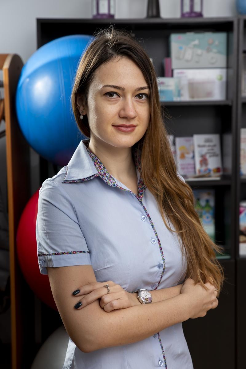 Doctor pediatru Larisa Chiriac, în familia Active Center
